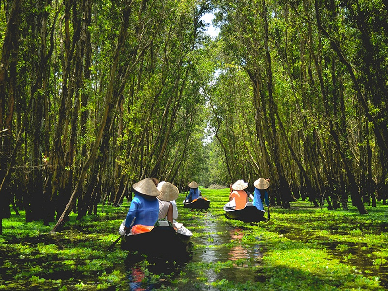 Escape the Hustle and Bustle with This Carefully Planned 7 day Vietnam Tour