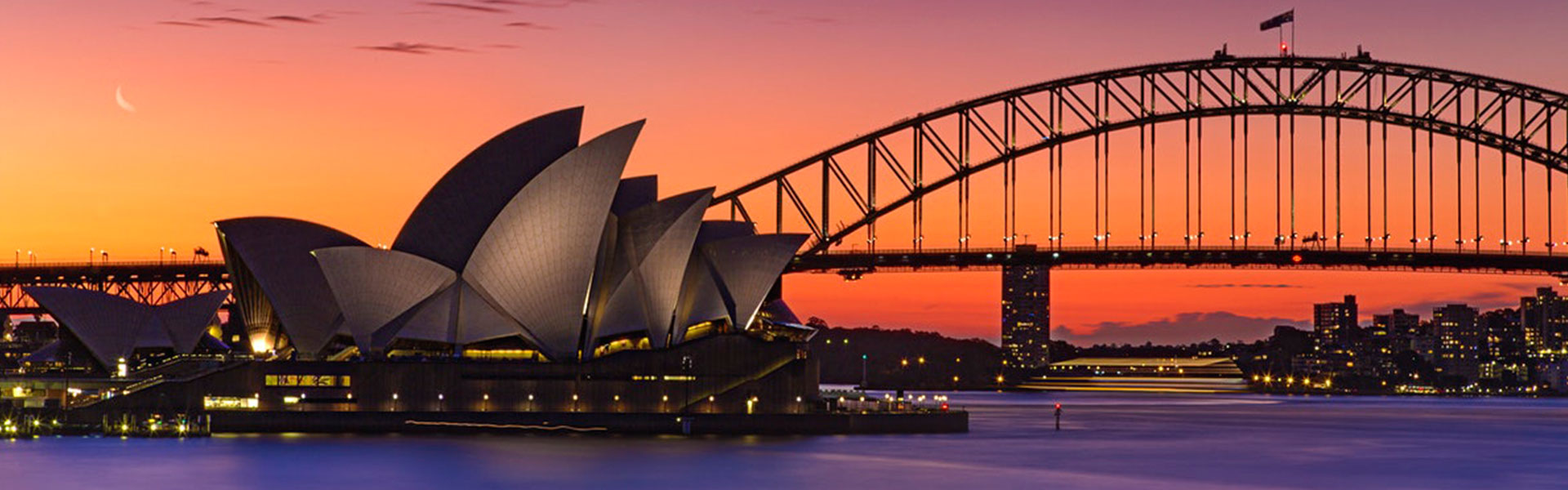 Experience The Lights Of Lively Sydney With This Exclusive Australia Tour