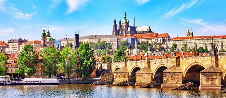 Bring History To The Life with The Vibrant Czech Republic Tours