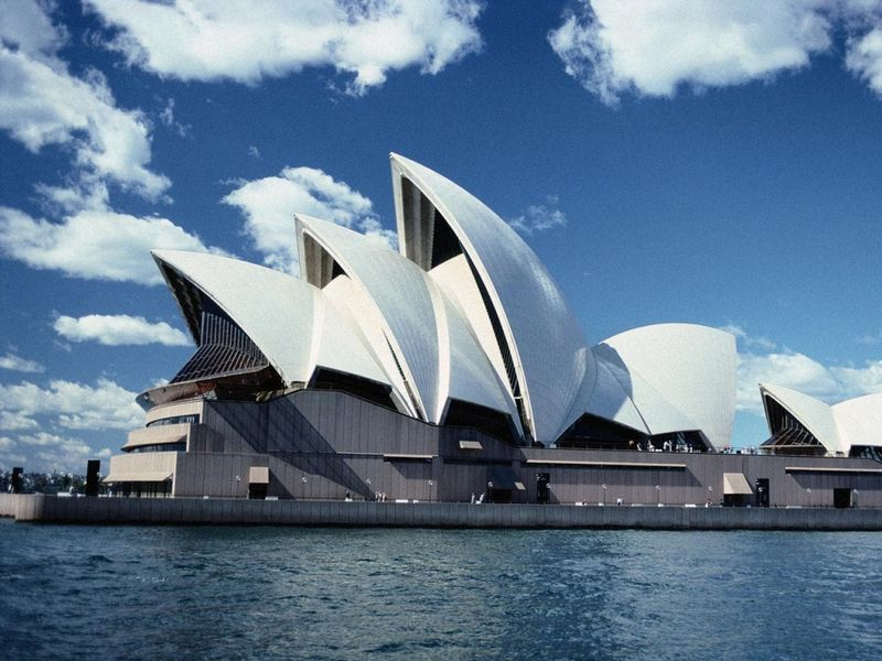 Experience Shared by A Happy Traveler About Her Australia Tour
