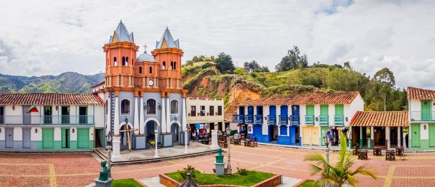 Coffee, Culture & Nature: Uncover This 9-Day Iconic Colombia Tour