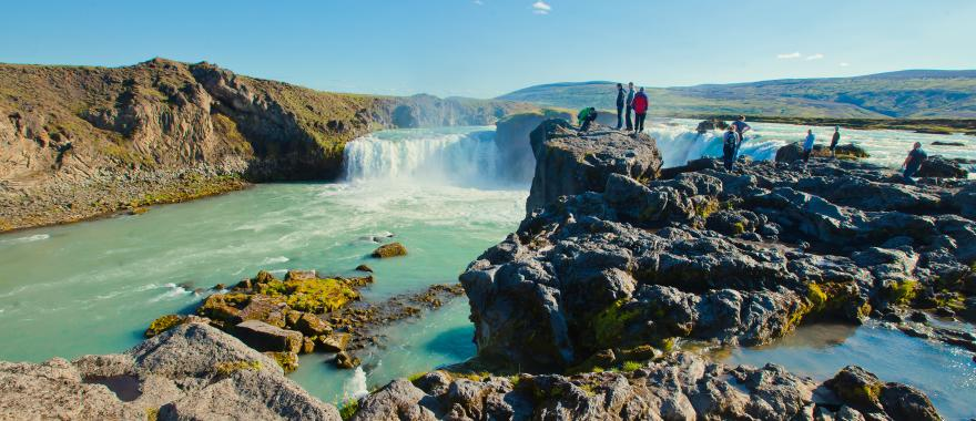 One Week Complete Suitcase With A Wonderful Iceland Itinerary
