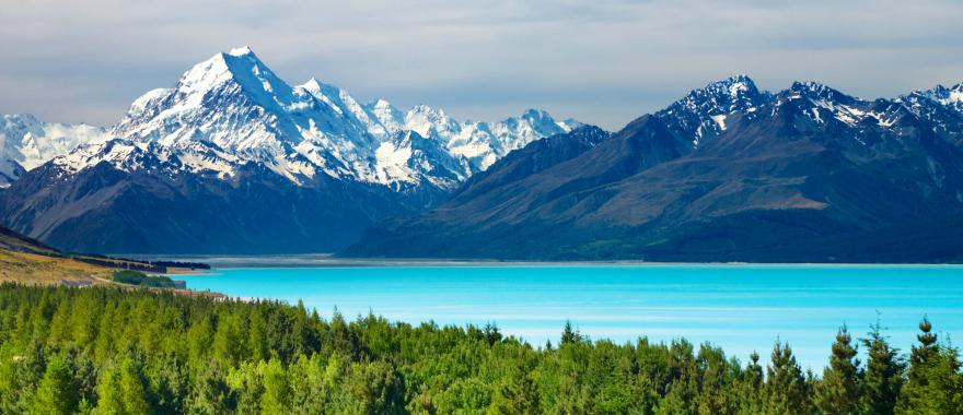 Enter the sensational world of Panoramic Beauty in this 9-Days New Zealand Itinerary