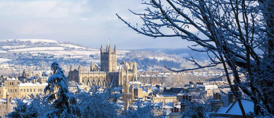 Visit Christmas Holiday Destinations In England For A Truly Amazing Christmas Experience!