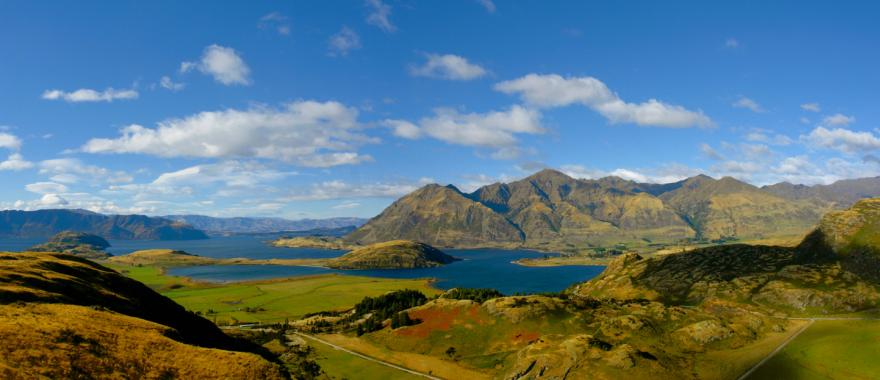 Explore Bay of Islands  & Milford Sound With This New Zealand Tour Package