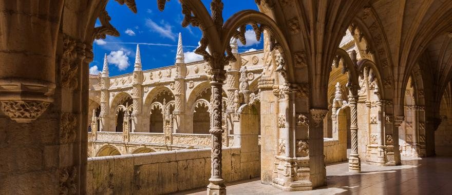 Best Portugal Tour: Marvel at the Charm of this Paradise Land!