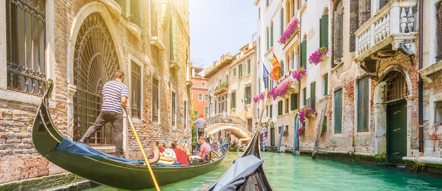 Go Romantic with this 5-day Italy Honeymoon Tour: Gondola ride, Lake Como, and Many More
