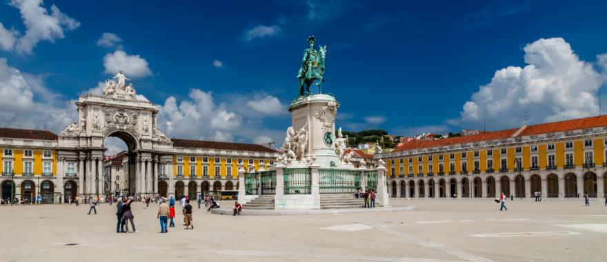 Uncover The Charm of Portugal With This Europe Vacation Planner