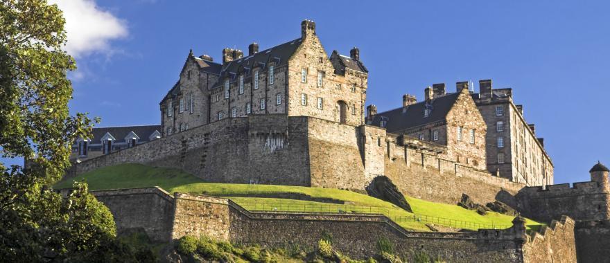 Scottish Highlands Tour - Explore The Scenic Villages & Legendary Castles Of Scotland