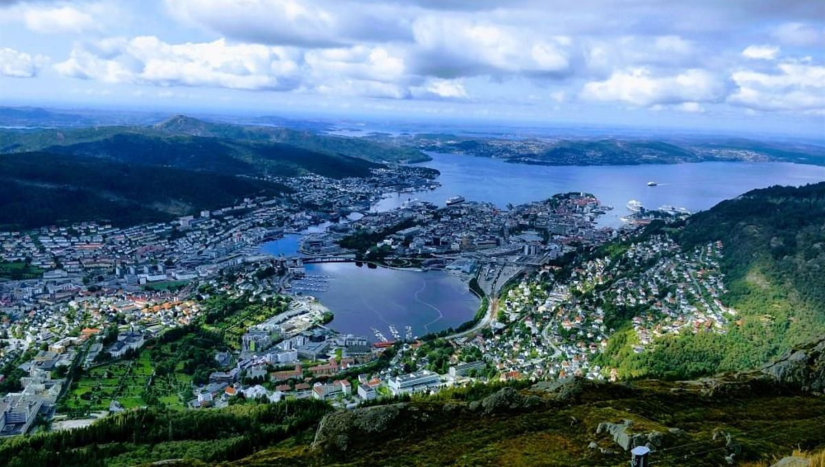 Discover The Enchanting World of Norway and Iceland With Europe Vacation Planner