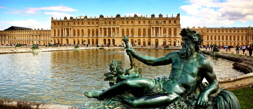 4 Days Paris Itinerary: Eiffel Tower to The Palace of Versailles