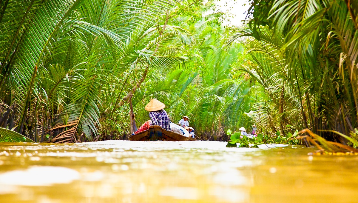 Vietnam Budget Tour: Experience The Culture and History of Vietnam