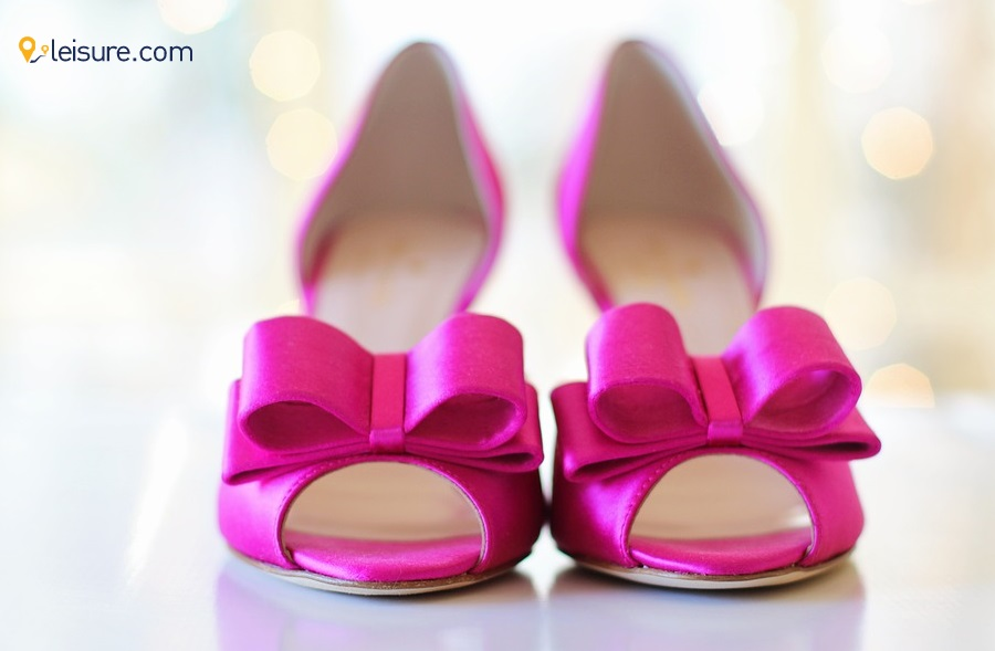 Pink shoes o